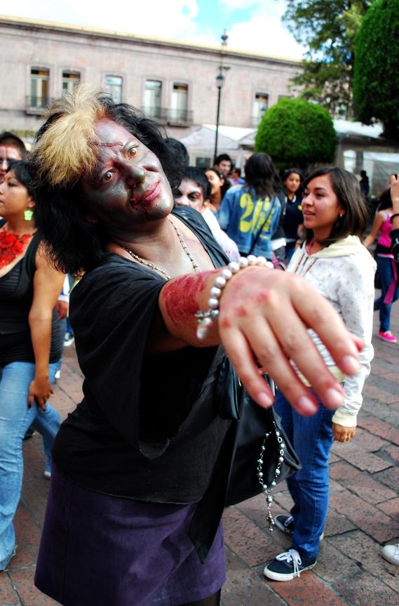zombiewalk2011_04