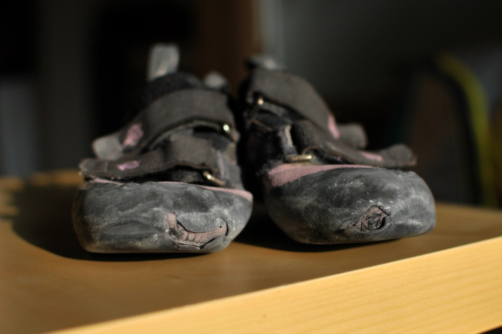 dead_climbingshoes